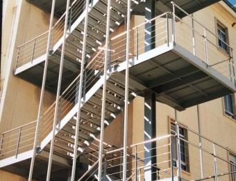InoxidablesFertisa-escaleras8